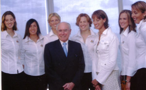 Prime Minister John Howard, Annie and the Aussie Team 2004